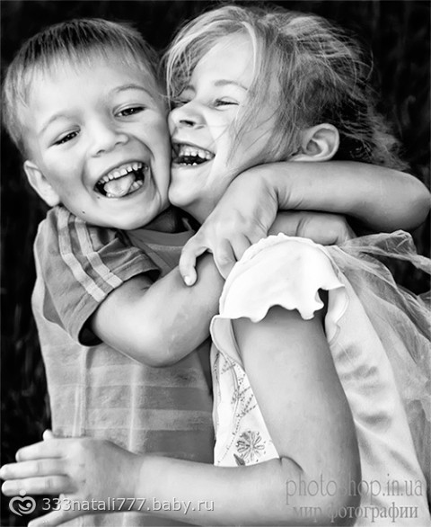Не воспитывайте и не ругайте младшего брата или сестру.