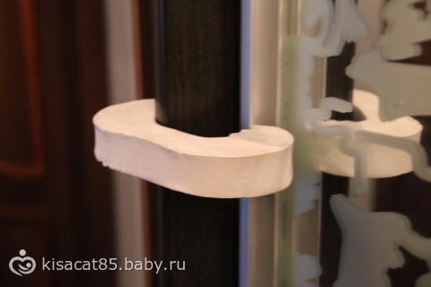 Закрывашки для шкафов от детей своими руками