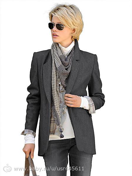 Женский серый костюм с чем носить