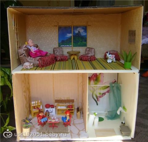 Как сделать домик для кукол из коробки своими руками