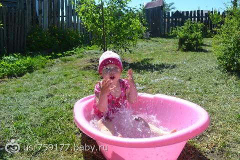 Вторая жизнь детской ванночки )) Фото мандаринки )))